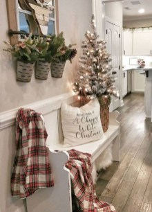 Cute Homes Decor Ideas To Snuggle In This Winter 06