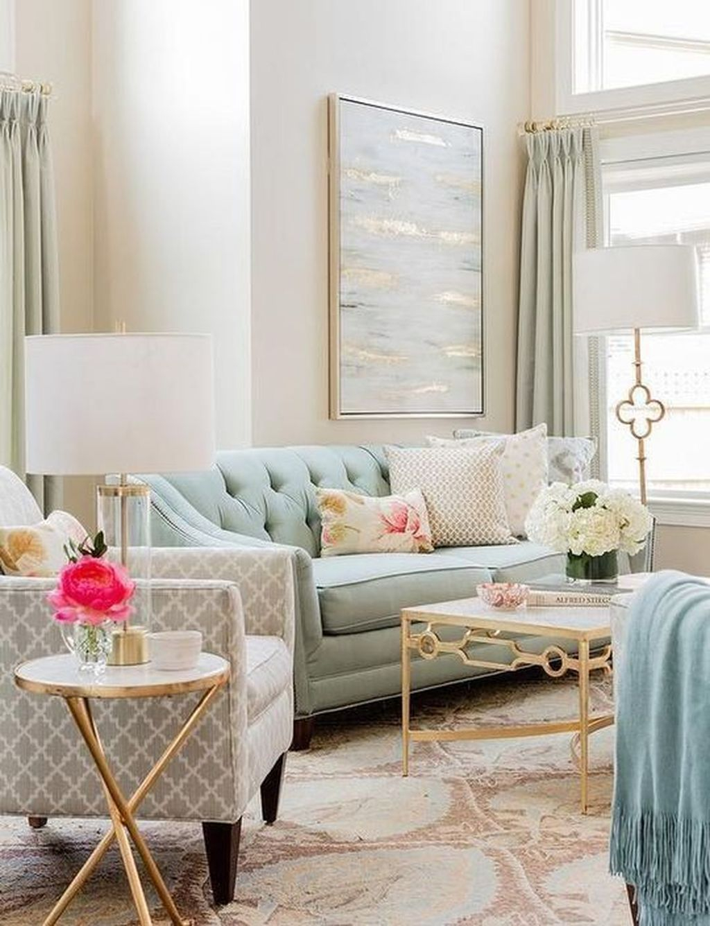 Graceful Living Room Design Ideas That You Need To Try 06