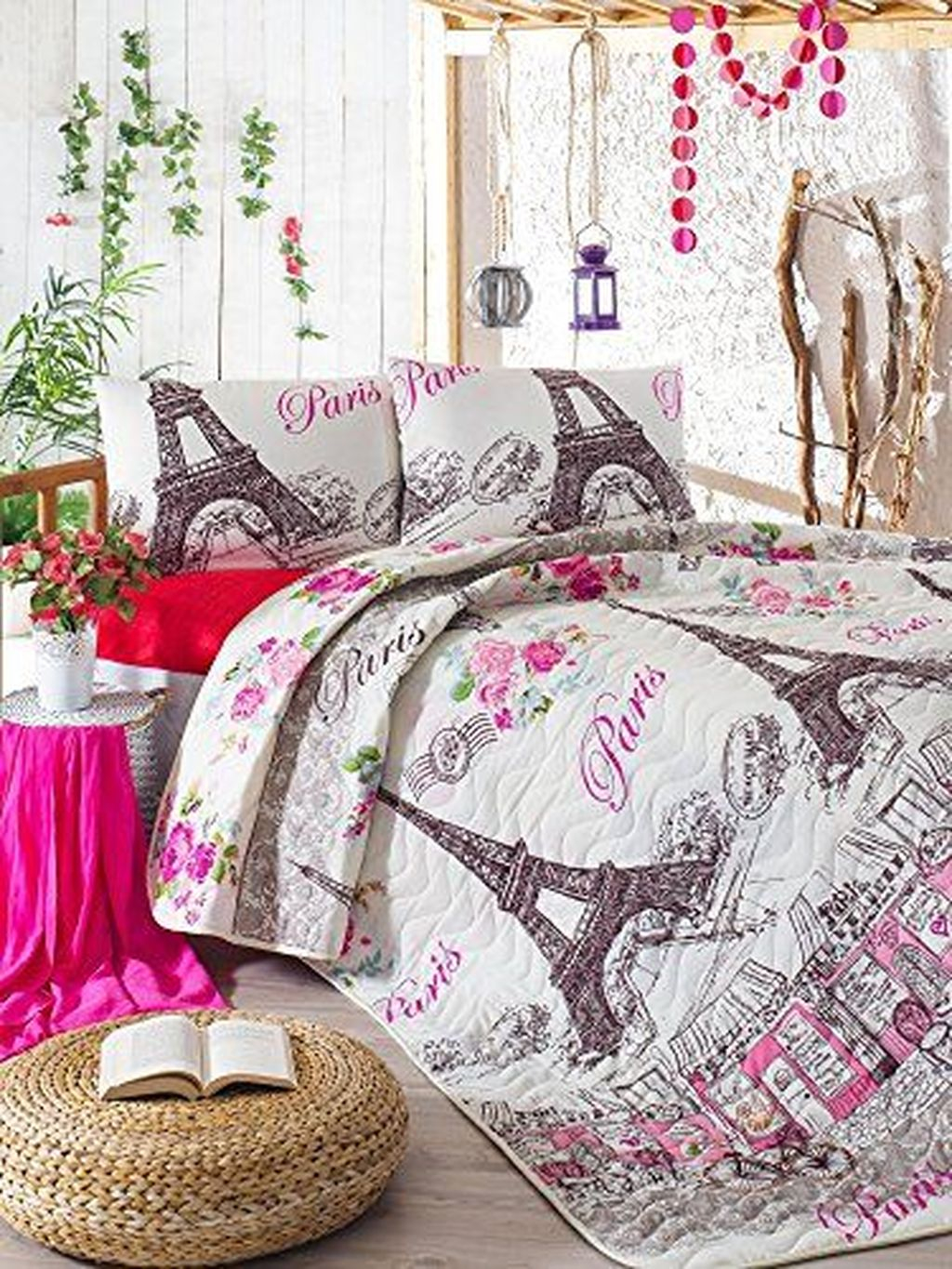 Lovely Winter Bedroom Design Ideas With Flower Themes To Try Asap 20