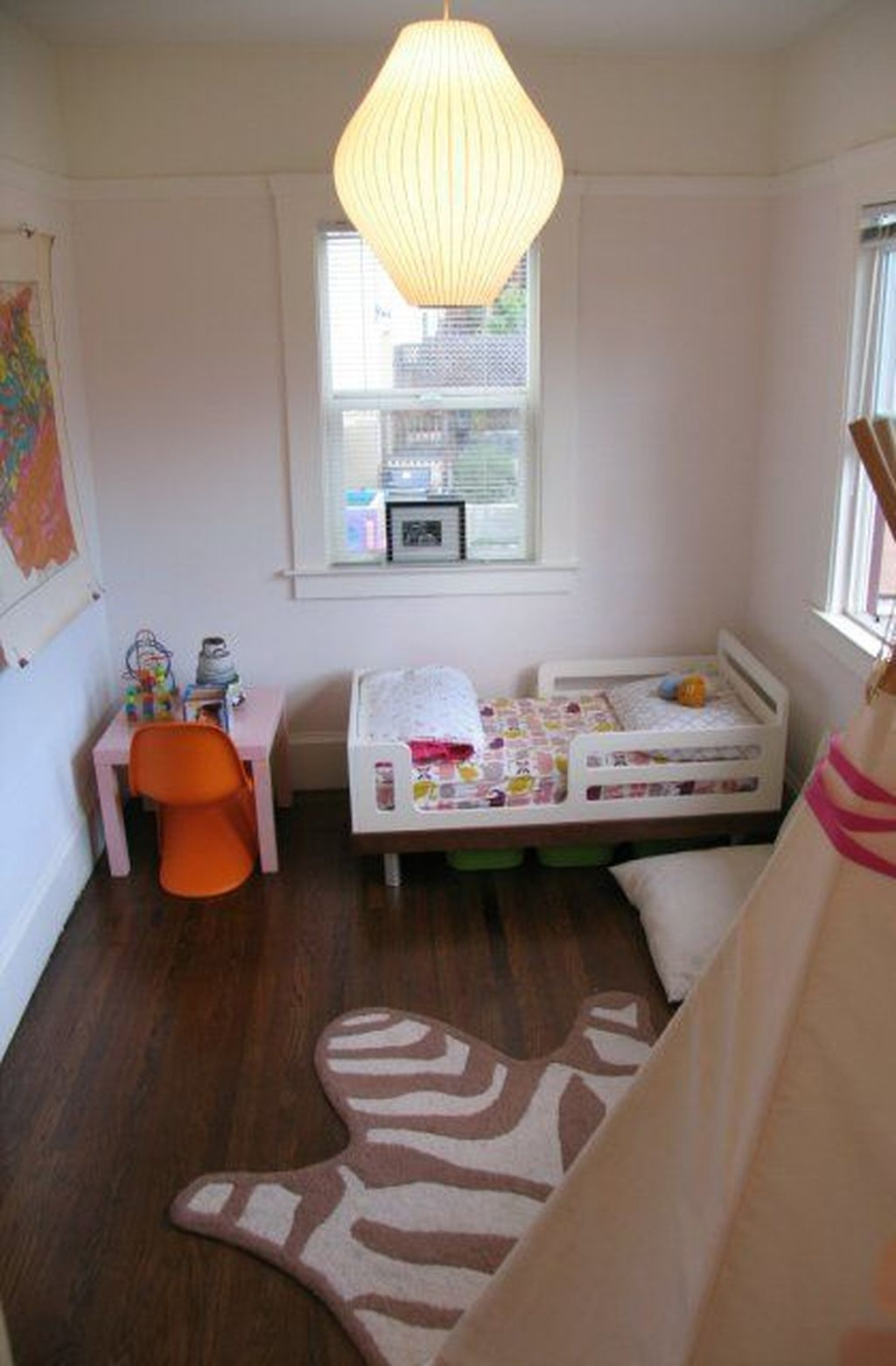 Perfect Kids Room Design Ideas That Suitable For Two Generations 23