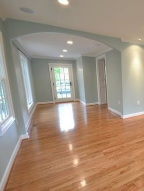 Attractive Living Room Design Ideas With Wood Floor To Try Asap 33