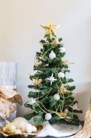 Delicate Tiny Winter Trees Design Ideas That You Should Try 27
