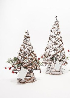 Delicate Tiny Winter Trees Design Ideas That You Should Try 31