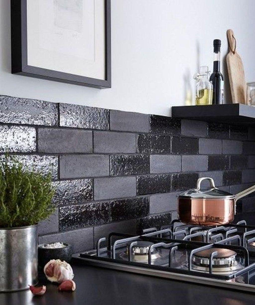 Extraordinary Black Backsplash Kitchen Design Ideas That You Should Try 37