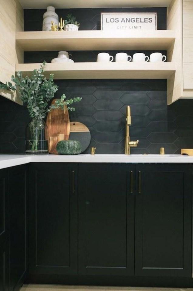 Extraordinary Black Backsplash Kitchen Design Ideas That You Should Try 42
