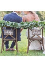Magnificient Outdoor Wedding Chairs Ideas That Suitable For Couple 36