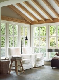 Perfect White Sunroom Design Ideas That Look So Awesome 38