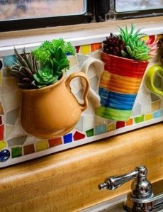 Splendid Recycled Planter Design Ideas That You Need To Try 43