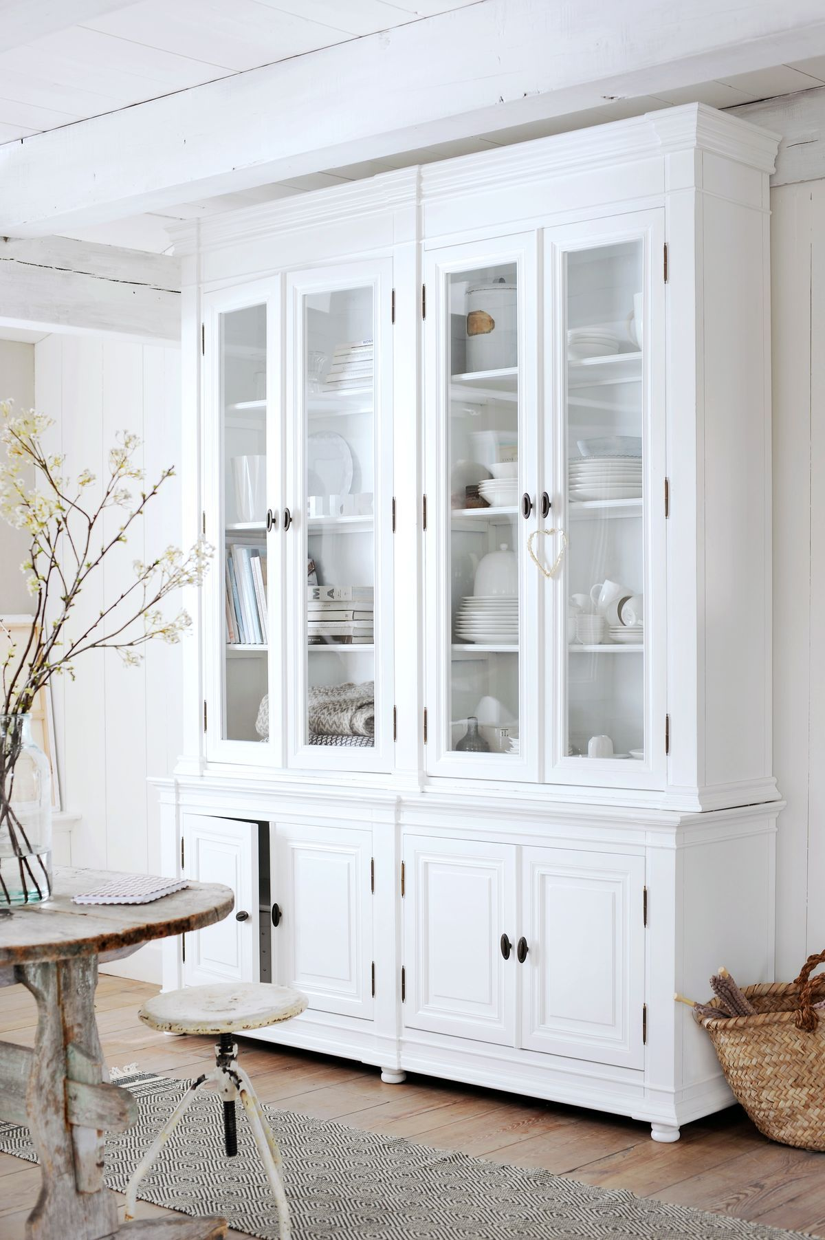 White Kitchen Set With Hutch