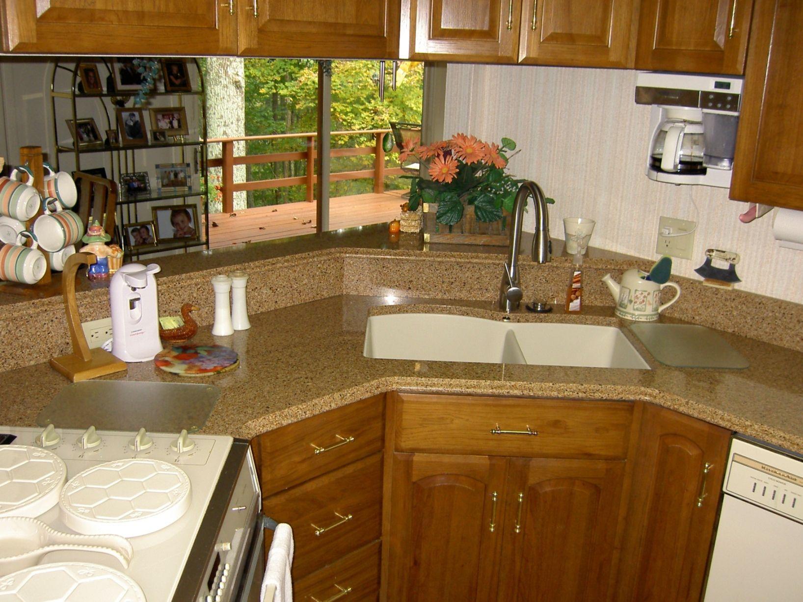 Oak Cabinets With Black Quartz Countertops