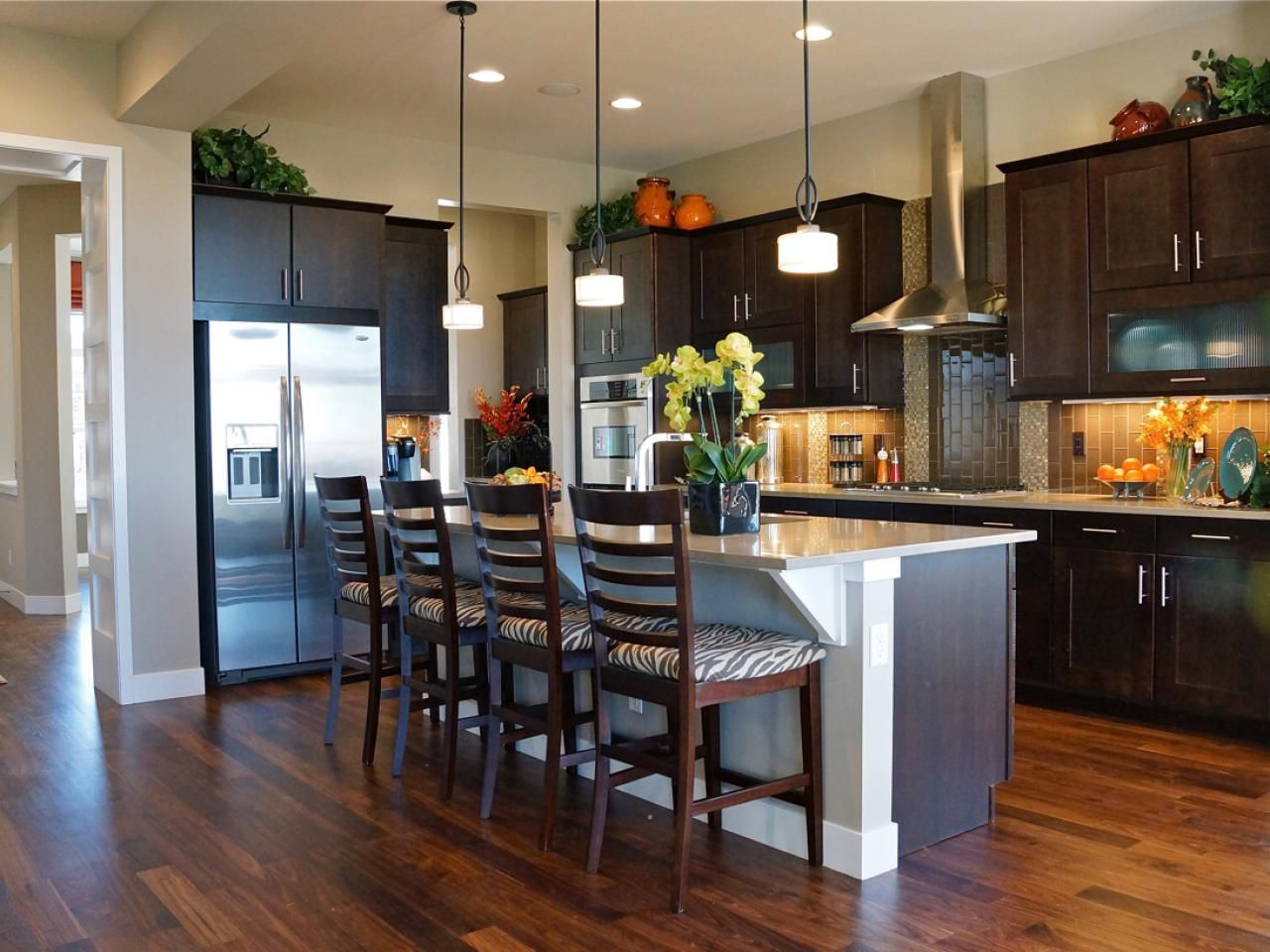 Beautiful Small Kitchens With Islands