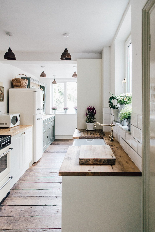 White Kitchen Ideas Uk