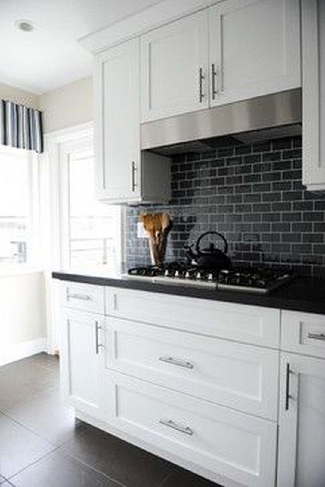 White And Black Kitchen Backsplash Ideas
