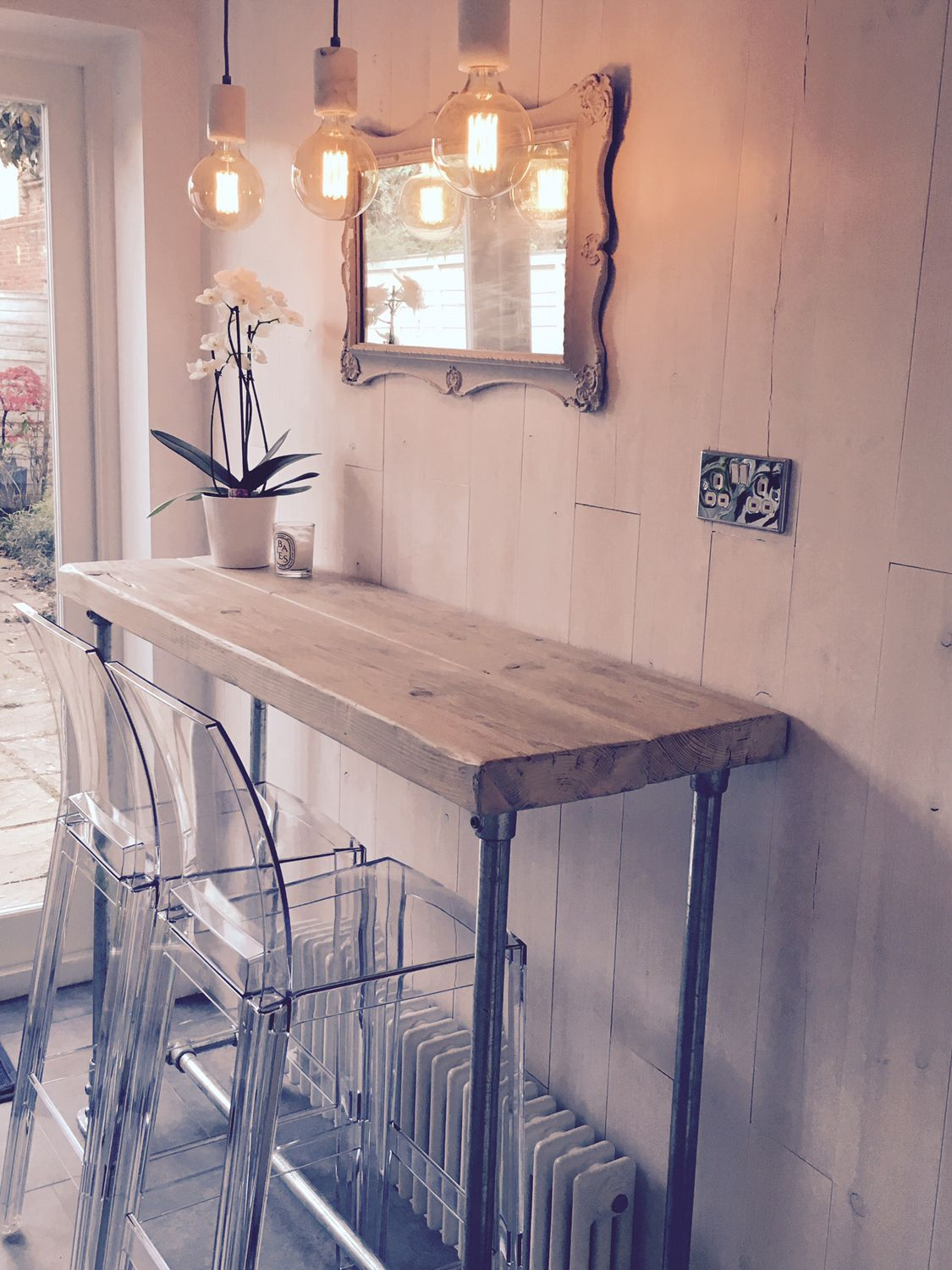 Pictures Of Small Kitchens With Breakfast Bar