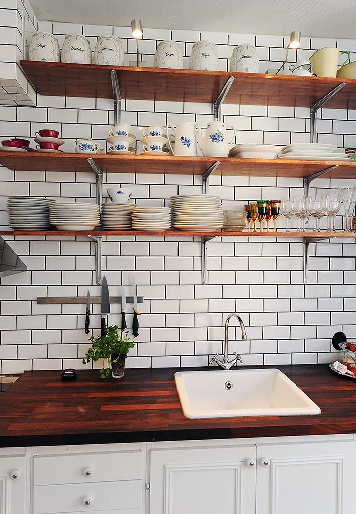 White Kitchen Backsplash Dark Grout