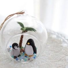 ダイソー吊りガラスでペンギン親子のサマーアレンジ