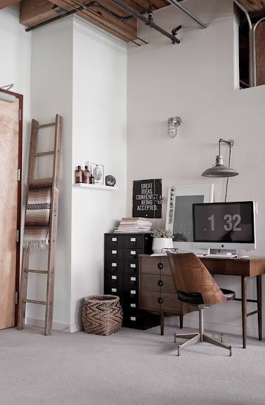 Use my vintage desk instead of sell? Like the way this looks.