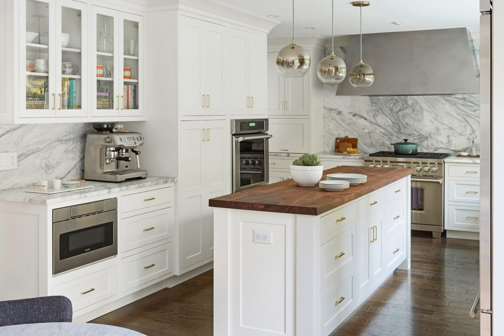 Designing A Small Kitchen For Entertaining Decorology