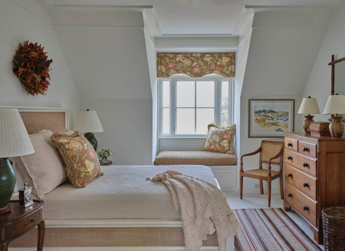 White and pale-gold designed bedroom
