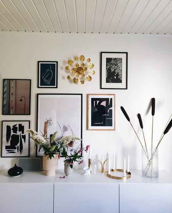 Billedevæg og blomster