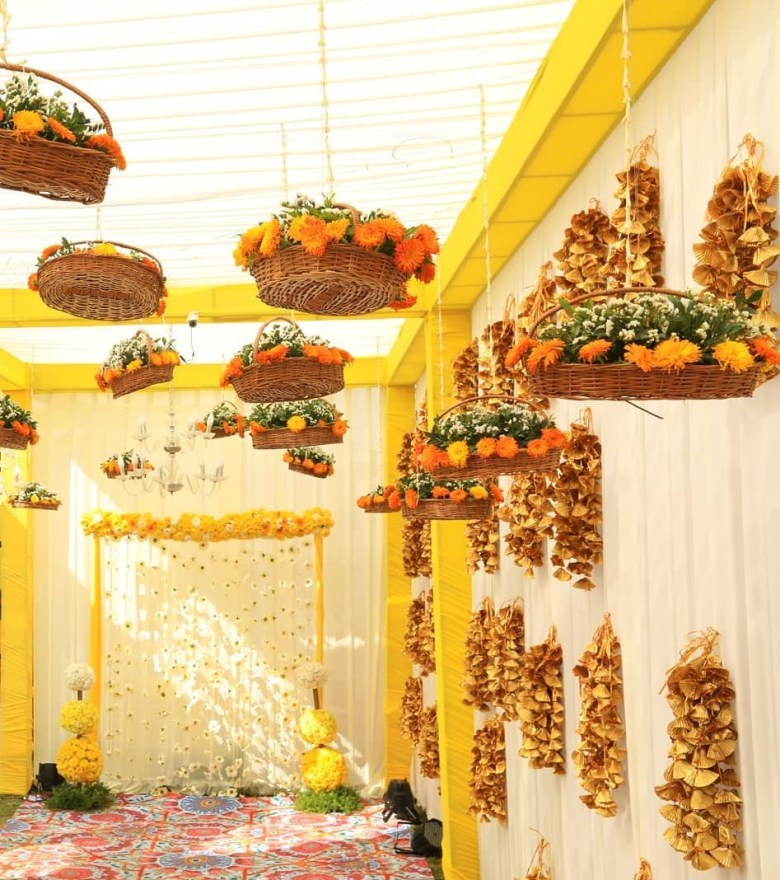 Awesome Photo Booth Ideas for Cherished wedding Selfies and Allfies, Decorsutra Basket Hanging Inspiration Event Gurus
