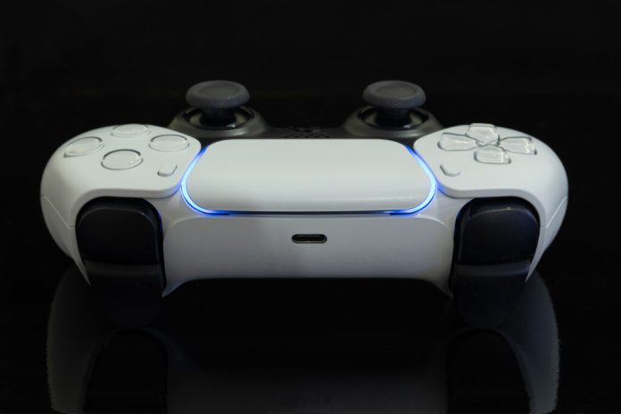 Can You Charge Ps5 Controller With A Phone Charger Decortweaks