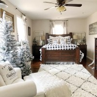 40+ The Ugly Side Of Simple Farmhouse Christmas Bedroom Decor 8
