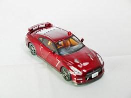 tomica-limited-vintage-neo-nissan-gt-r-premium-edition-abunai-deka-vol-1-dark-red-4