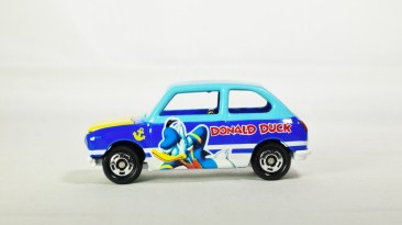TOMICA-DISNEY-Collection-Vol 2-Subaru-R2-Donald_Duck-D-11-Light_Blue_Yellow-01