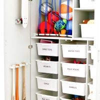 50+ Garage Organization Ideas For Cheap Garage Clutter Clearing That Will Save You Space 29