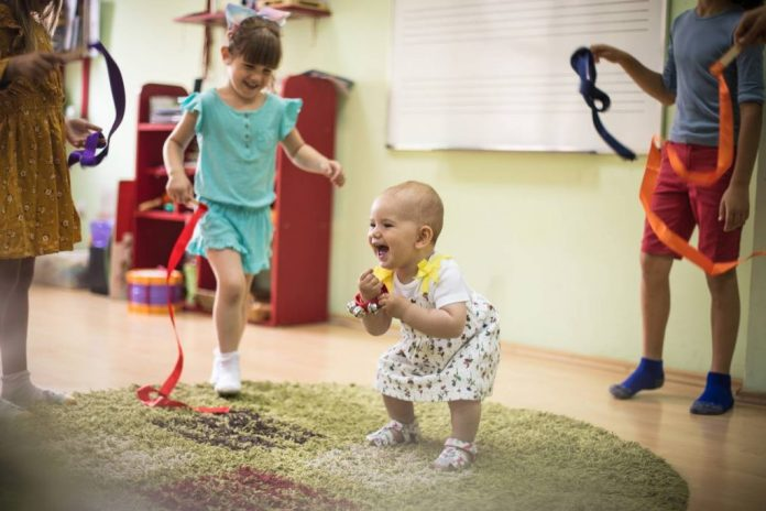 Nursery rhymes and songs: their benefits for the child / baby
