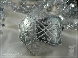 bombka srebrna konturówka
