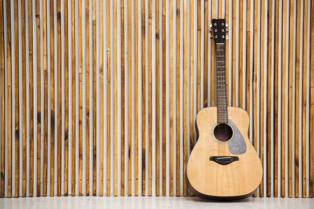 Curso gratis de guitarra acústica para principiantes