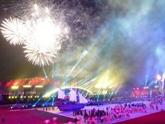 kemeriahan opening ceremony seag2011 600x4501 - Vote Foto Dapat Kamera Lumix DMC-S1