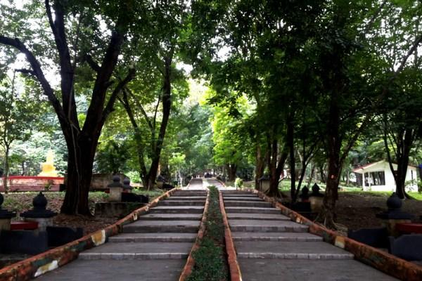 Wisata Mistis di Bukit Siguntang Palembang