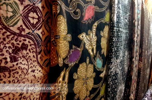 songket03 - Eloknya Budaya Tenun Kain Songket, Jumputan, dan Batik Khas Palembang