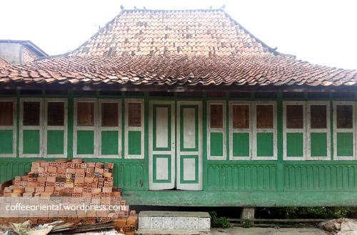 Rumah yang diduga paling lama di kawasan perkampungan Firma