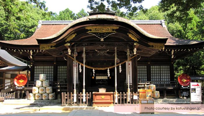 kuil takeda yamanashi - Menikmati Sakura Jepang Enaknya Kemana? Yamanashi!