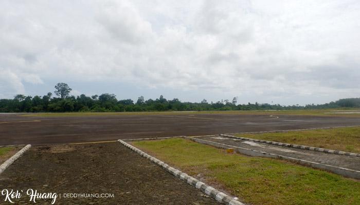 lapangan udara seray - Akomodasi Strategis di Krui, Pesisir Barat Lampung