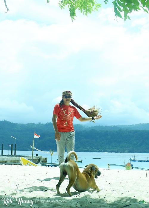 pose foto laki - Jelajah Pesona Pulau Pisang, Krui (Bagian 1)
