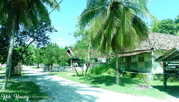 suasana rumah pulau pisang - Jelajah Pesona Pulau Pisang, Krui (Bagian 1)