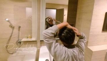 selfie di kamar mandi - Pelesiran Menikmati Kawasan BSD City