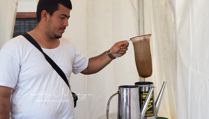kopi arab almunawwar - Pesona Timur Tengah di Kampung Arab Al-Munawwar 13 Ulu Palembang
