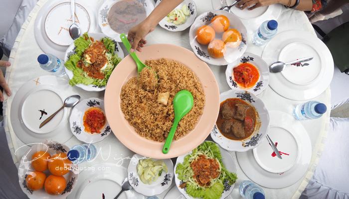nasi kebuli arab - Pesona Timur Tengah di Kampung Arab Al-Munawwar 13 Ulu Palembang