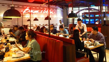burger and lobster ambience - Burger & Lobster Sky Avenue, Malaysia