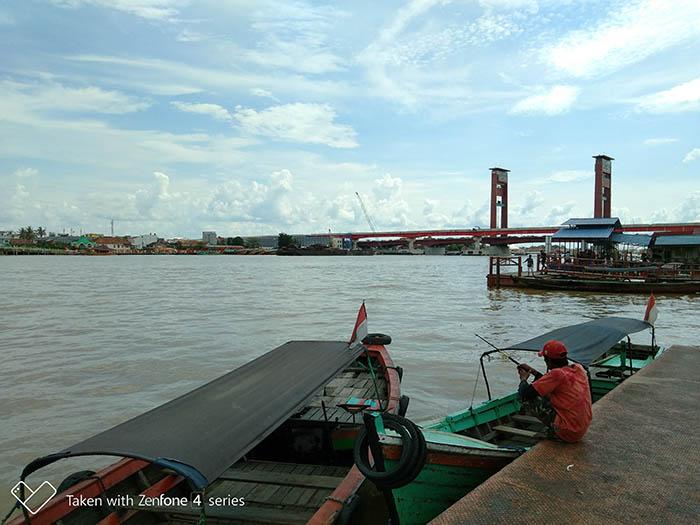 pinggir sungai musi - 8 Keunggulan Kamera ZenFone 4 Selfie
