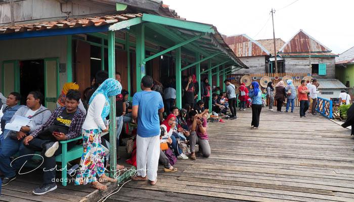 suasana rumah ong boen tjit - Pasar Baba Boentjit, Warna Baru Wisata Kota Palembang