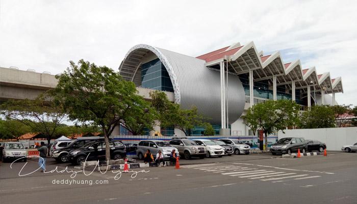 shelter terminal 1b - Penasaran! Inilah Penampakan Skytrain Bandara Soekarno Hatta