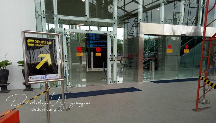 skytrain terminal 1b - Penasaran! Inilah Penampakan Skytrain Bandara Soekarno Hatta
