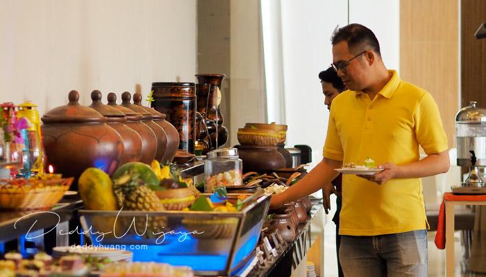 review hotel santika radial palembang